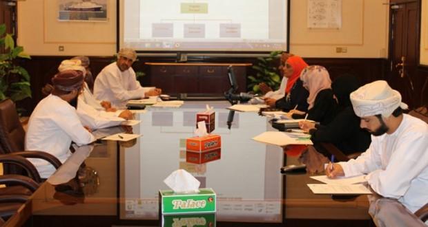 اجتماع لجنة إدارة البرنامج الاستراتيجي لظاهرة المد الأحمر