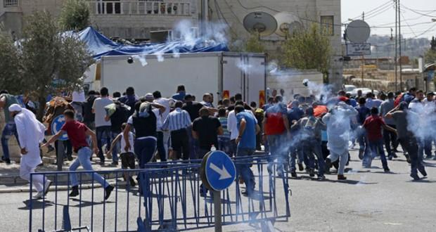 5 شهداء ومئات الجرحى في تصاعد الإرهاب الإسرائيلي بالضفة وغزة