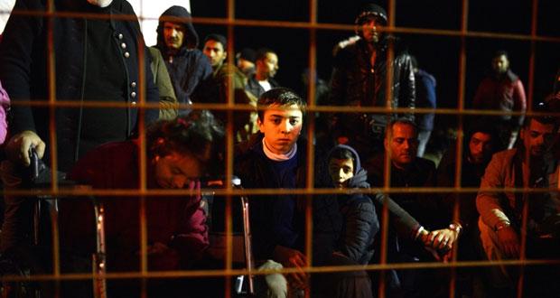مصرع 12 مهاجرا غرقا قبالة تركيا والمجر تغلق حدودها أمامهم