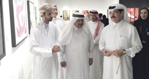 """السلطنة تحصد السعفة """"الذهبية و""""الفضية"""" في افتتاح معرض الفنون البصرية بالدوحة"""