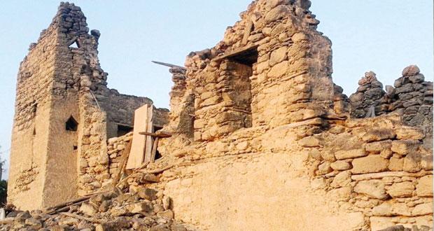 وزارة التراث والثقافة تنفذ مشروع توثيق الحارات القديمة بمحافظة ظفار