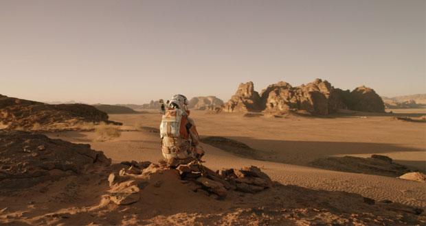 المرّيخي .. وحيدا على ظهر الكوكب الأحمر