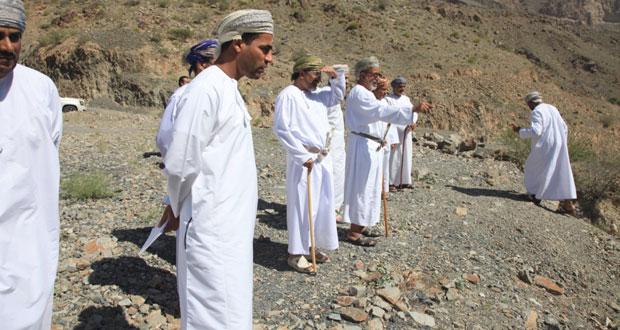 وزير السياحة يطلع على مشاريع التنمية السياحية في جنوب الباطنة