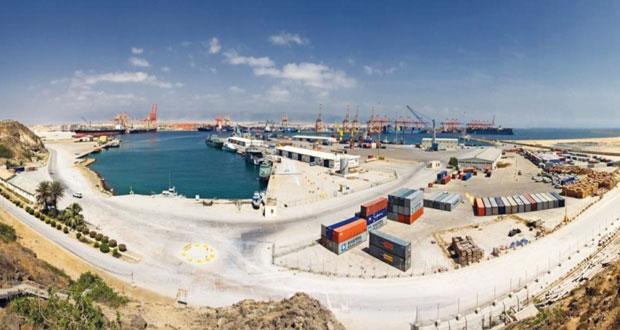 ميناء صلالة يحقق رقما قياسيا جديدا بمناولة أكثر من 1.2 مليون طن متري