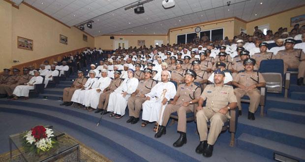 شرطة عمان السلطانية تحتفل بيوم السلامة المرورية