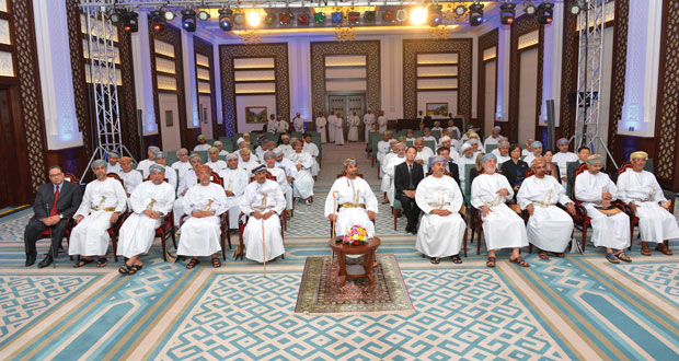 وزير ديوان البلاط السلطاني يرعى حفل تدشين برامج معهد تطوير الكفاءات التدريبية للعام الأكاديمي 2015/2016