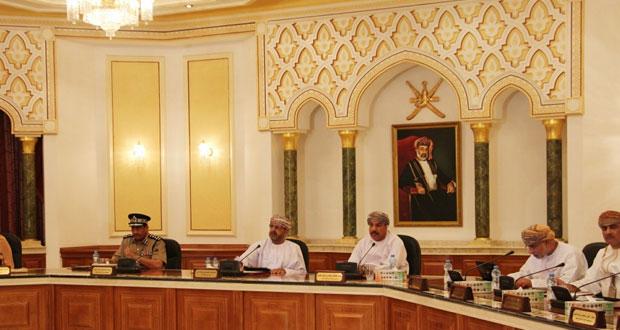 بلدي مسقط يستعرض جهود الهيئة العامة للصناعات الحرفية ويوصي بإيجاد آلية سريعة للتحول إلى الحكومة الإلكترونية