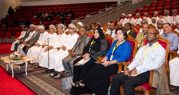 افتتاح الملتقى الأول لخريجي قسم تكنولوجيا التعليم والتعلم بجامعة السلطان قابوس
