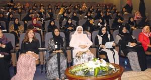 وزارة التعليم العالي تحتفل بيوم المرأة العمانية