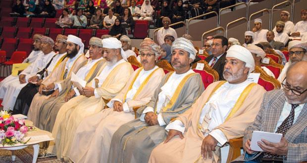 وزير الأوقاف والشؤون الدينية يفتتح الملتقى السادس حول الخلايا الجذعية بجامعة السلطان قابوس