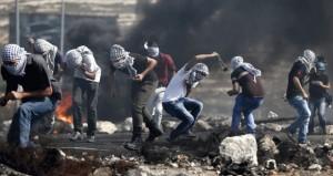 الاحتلال يستأنف التصعيد وإرهابيوه يقتحمون (الأقصى)