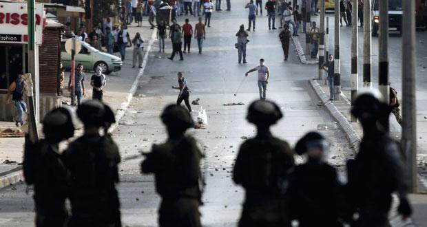 حصار إسرائيلي مشدد على القدس وجنودها يعتدون على المصلين بالأقصى
