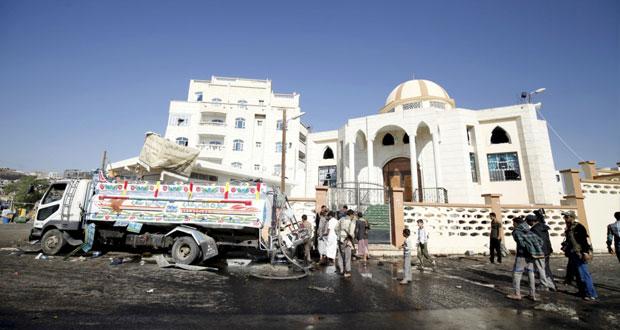اليمن : التحالف يعلن تحرير كامل مأرب و7 قتلى في هجوم انتحاري بصنعاء