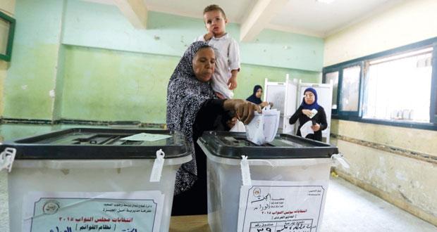 المصريون يختارون ممثليهم بـ(النواب) والإقبال متوسط
