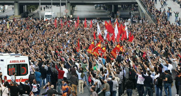 تركيا تشيع ضحاياها بتظاهرات حاشدة وتعلن الحداد 3 أيام