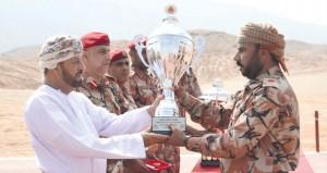 الجيش السلطاني العماني يختتم مسابقة المهارة في استخدام الأسلحة الخفيفة لعام 2015م