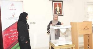 العمانيون بالخارج يختارون ممثليهم في (الشورى)