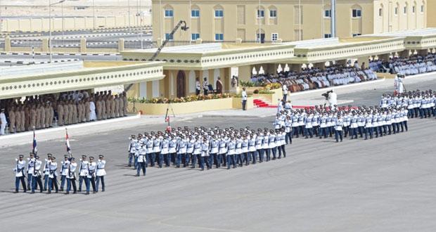 شرطة عمان السلطانية تحتفل بافتتاح مجمع شرطة الدقم وتخريج فصائل من المستجدين