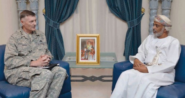 الأمين العام بوزارة الدفاع يستقبل قائد لوازم الدفاع (اللوجستية) الأميركية
