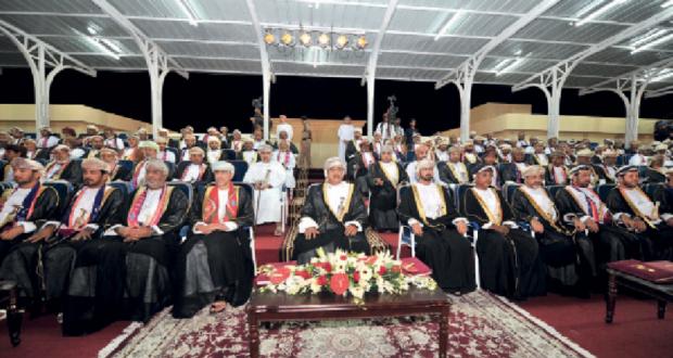 منصور بن ماجد بن تيمور آل سعيد يرعى احتفال محافظة الوسطى بالعيد الوطني الخامس والأربعين المجيد