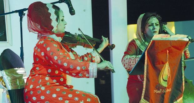 ديوان البلاط السلطاني يحتفي بالمرأة العمانية ومسيرتها في البناء الوطني