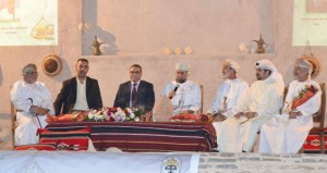 افتتاح فعاليات الملتقى الفني والثقافي بنزوى بمشاركة عدد من شعراء السلطنة والعرب