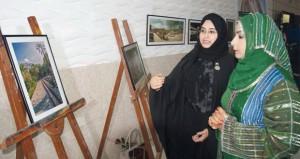 جمعية المرأة العمانية بسمائل تحتفل بالعيد الوطني الخامس والأربعين المجيد