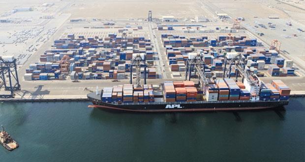 407 آلاف حاوية نمطية.. حجم مناولة الحاويات بميناء صحار حتى نهاية شهر سبتمبر الماضي