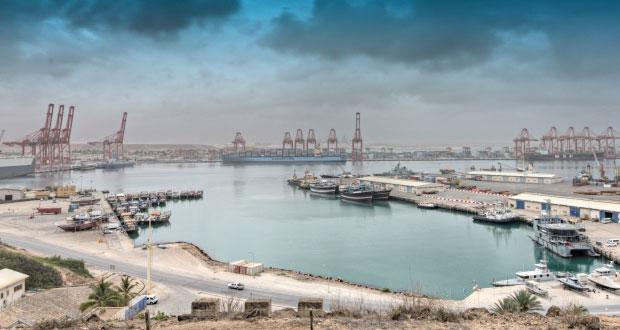 3.7% ارتفاعا بالقيمة المضافة للأنشطة غير النفطية وانخفاض بمتوسط سعر الفائدة وارتفاع بإجمالي الائتمان والقروض الشخصية لتصل 7 مليارات ريال عماني