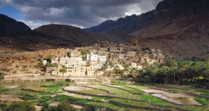 مكتب التمثيل السياحي للسلطنة في بريطانيا يحصد جائزة أفضل مكتب تمثيل سياحي على مستوى الشرق الأوسط