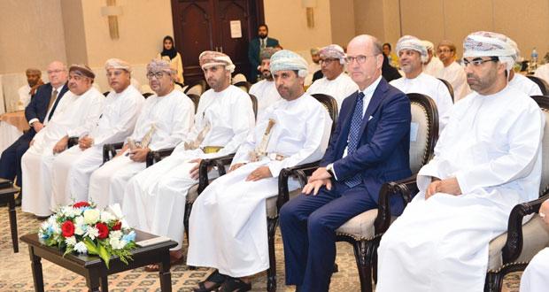 مؤتمر تحديات الموارد البشرية في صناعة الطيران يناقش خطط التطوير والفرص المتاحة للموارد البشرية في قطاع الطيران المدني