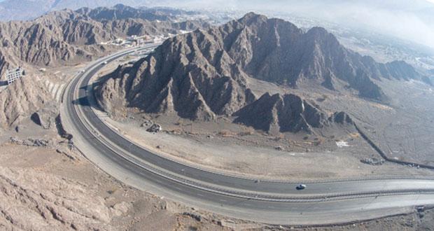 """وكيل وزارة النقل والاتصالات للنقل لـ """"الوطن الاقتصادي"""" : الانتهاء من رصف 330 كيلو مترا بأكثر من 200 مليون ريال"""