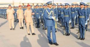 رئيس أركان قوات المسلحة يرعى تخريج دفعة من الجنود الجويين المستجدين