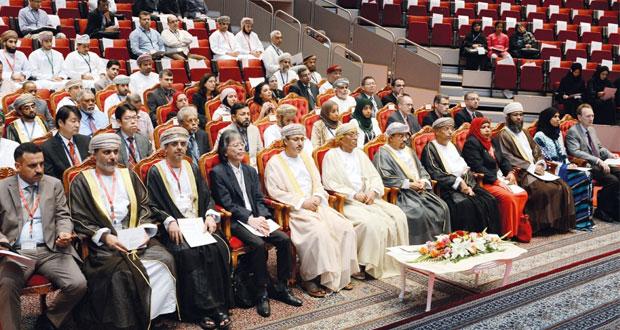 تطوير الأدوية على طاولة المؤتمر الكيميائي الأول بجامعة السلطان قابوس