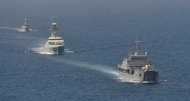 عدد من سفن البحرية السلطانية العمانية تتوجه لمحافظتي ظفار والوسطى