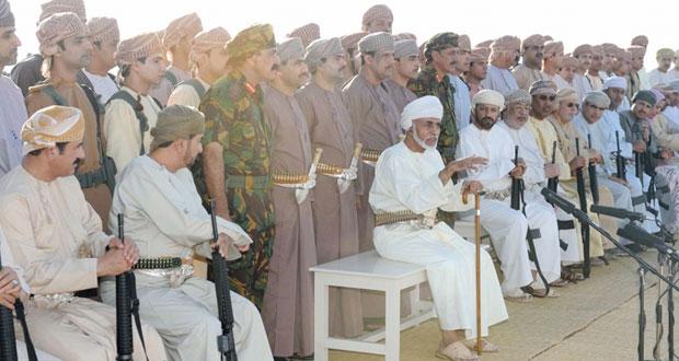 اليوم .. السلطنة تحتفل بالعيد بالوطني الخامس والأربعين المجيد وهي تواصل مسيرتها نحو تحقيق المزيد من التقدم والازدهار للوطن والمواطن في كل المجالات