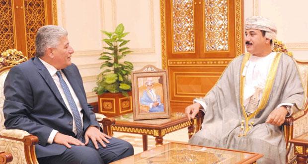 وزير المكتب السلطاني يستقبل السفير المصري