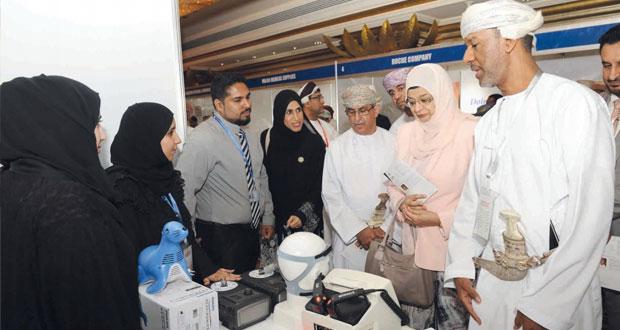 وزيرة التعليم العالي ترعى إفتتاح المؤتمر العلمي الأول للجمعية الطبية العمانية