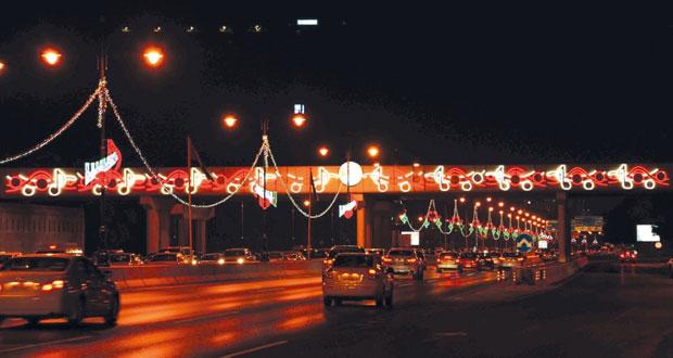 مساءات مدينة مسقط العامرة تتحول إلى مهرجان للجمال ولوحة فريدة من لوحات عُمان الخالدة