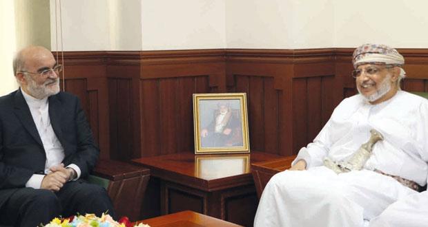 رئيس اللجنة الوطنية لحقوق الإنسان يلتقي رئيس منظمة الرقابة العامة بايران