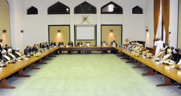الوزير المسئول عن الشئون الخارجية ووزير الخارجية الجزائري يترأسان اجتماع اللجنة العمانية ـ الجزائرية المشتركة