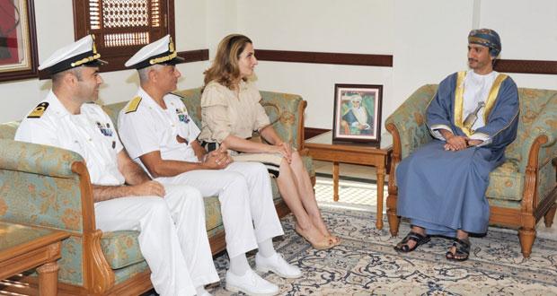 محافظ مسقط يستقبل قائد القوة البحرية للاتحاد الأوروبي