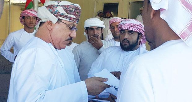 وزير الإسكان يتابع مطالبات المواطنين الخاصة بتوزيع الأراضي والمساعدات والقروض السكنية