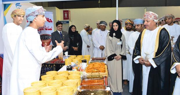 انطلاق معرض منتجات رواد الأعمال (ابداعات عمانية3 ) بمركز عمان الدولي للمعارض