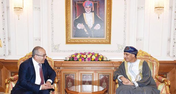 فهد بن محمود يستقبل وزير الشؤون الخارجية الجزائري ووكيلة الأمين العام للأمم المتحدة للاتصالات والإعلام