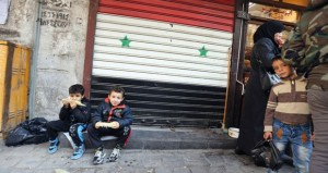 فرنسا تمدد لتدخلها في سوريا وكاميرون يدعو بلاده للانضمام