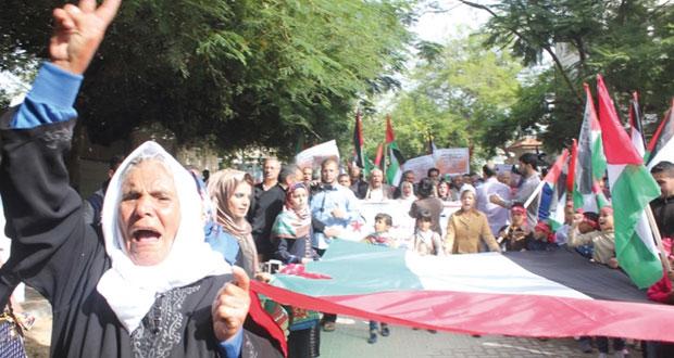 الفلسطينيون يحيون الذكرى 27 لإعلان (وثيقة الاستقلال) بالتأكيد على الثوابت