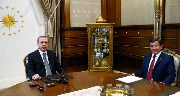 تركيا: اعتقال العشرات بحملة على (غولن).. وتوقيف صحافيين واغلاق مجلة معارضة