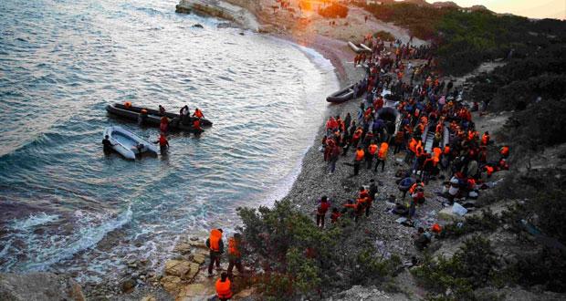 غرق 4 مهاجرين بينهم طفلان في (ايجه) واطلاق عملية توزيع المهاجرين