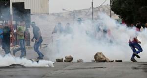 اصابة عشرات الفلسطينيين بإعتداء قوات الاحتلال على المتظاهرين في (الضفة)